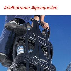 Die Adelholzener Alpenquellen sind beheimatet in den bayerischen Alpen und stellen Heilwasser, Mineralwässer und Erfrischungsgetränke her.